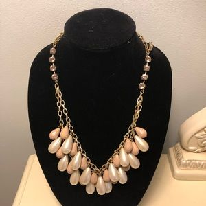 Jewelry - Chunky Pearl Layered Necklace
